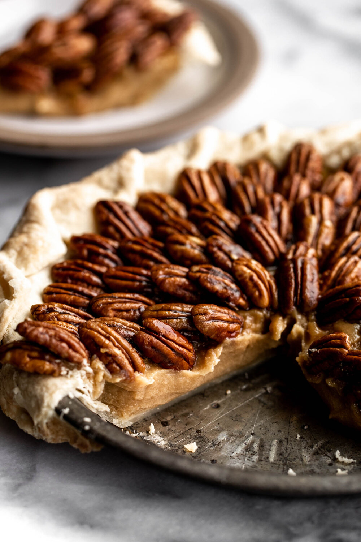 Butterscotch Pie wtih Caramelized pecans thanksgiving-14.jpg