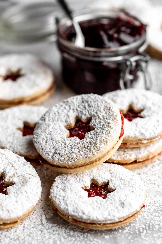 Linzer Cookies-18.jpg
