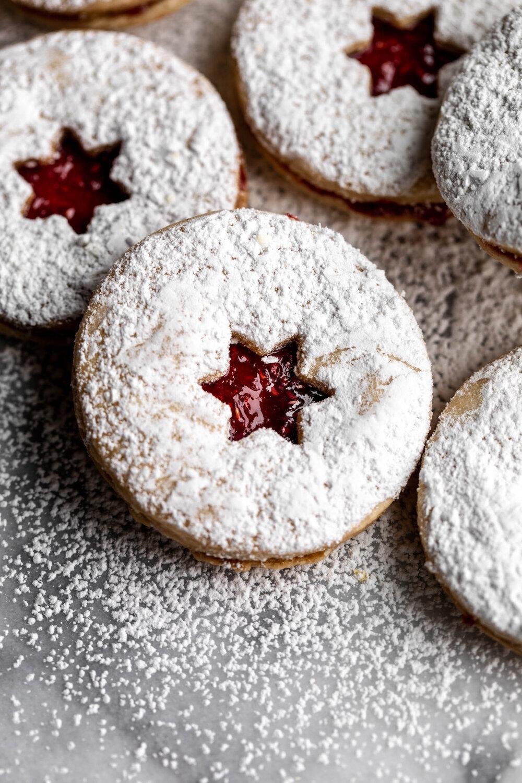 Linzer Cookies-19.jpg