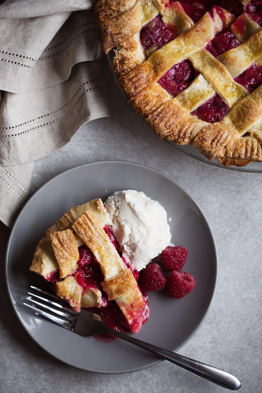 Raspberry Pie with Shortbread Crust