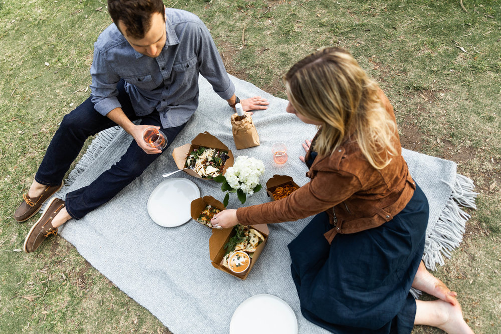 cooking with cocktail rings chownow date night picnic in the park