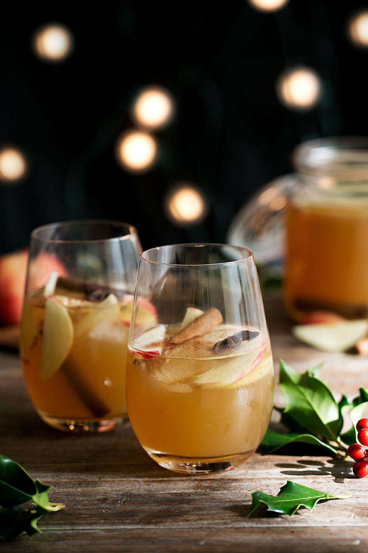 apple cider sangria in wine glasses