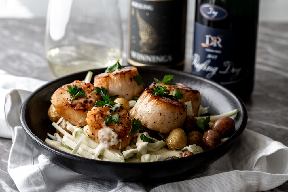 Seared Scallops withGreen Apple Slaw, Roasted Potatoes & Lemon Butter Pan Sauce Paired with German Riesling