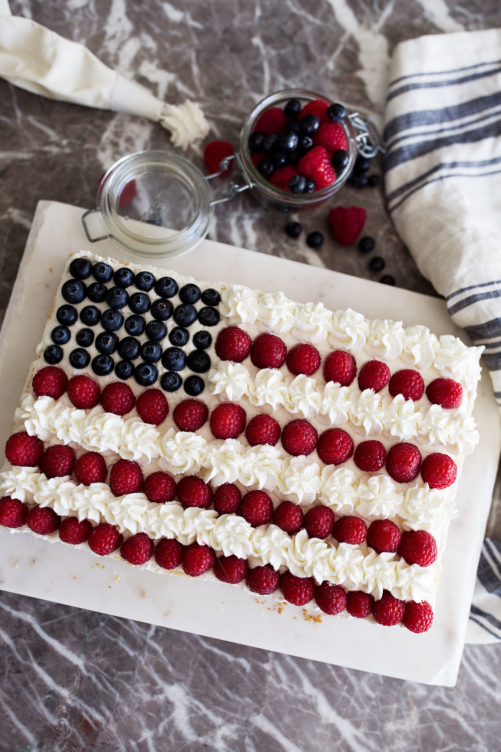 red, white and blue patriotic cheesecake