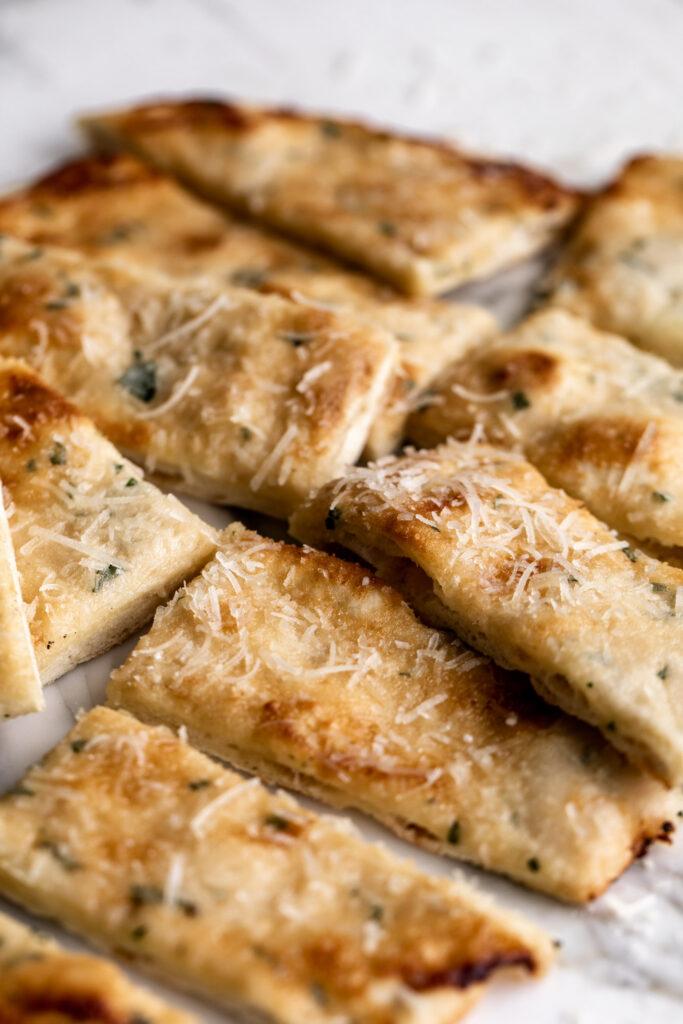 Cheesy Garlic Flatbread Recipe